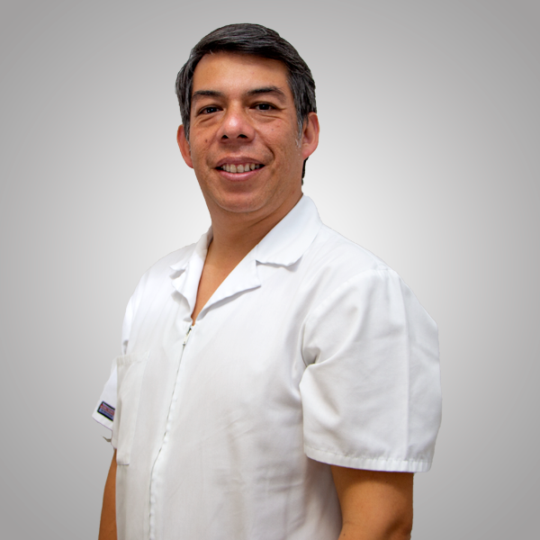 Dr. Galo Camacho
